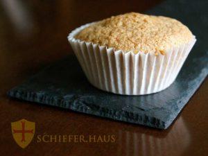 Käse-Schiefer Mit Schwarzem Schiefer Teller Essen. Platzset Tischset Schiefer. Platzset Tischset Schiefer.