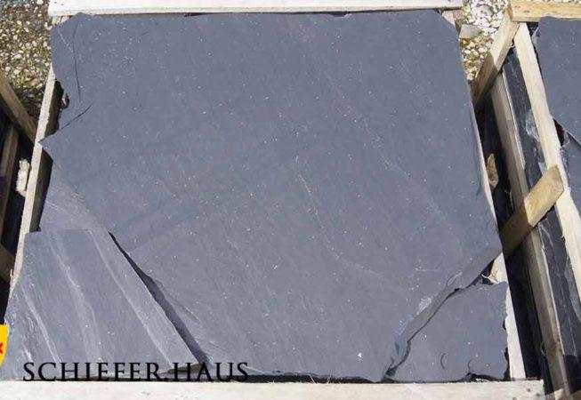 Wegplatten aus Schiefer. Die Platten aus Schiefer eignen sich ideal für Wegplatten und Bodenplatten im Garten.
