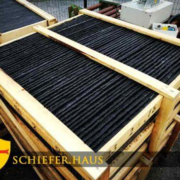 Terrassenfliesen Schiefer. Flagstone in Schwarz Schiefer.