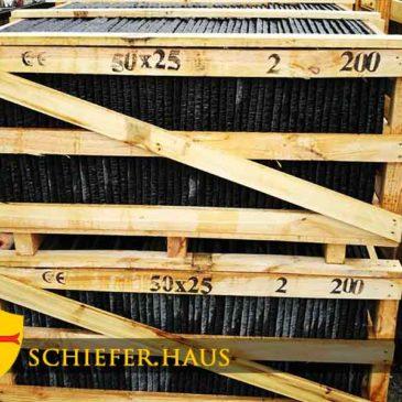Terrassenplatten Schiefer grau schwarz Naturstein.