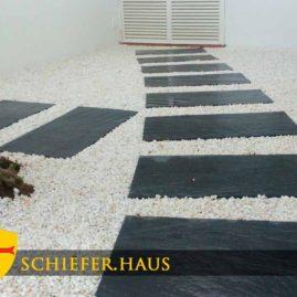 Schieferplatten für Garten und Terrasse.